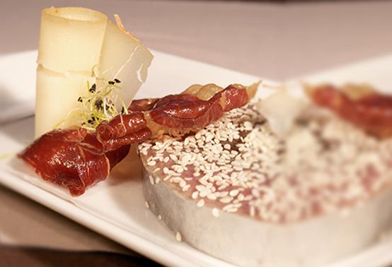 Pavé de thon et fromage de brebis Ossau-Iraty