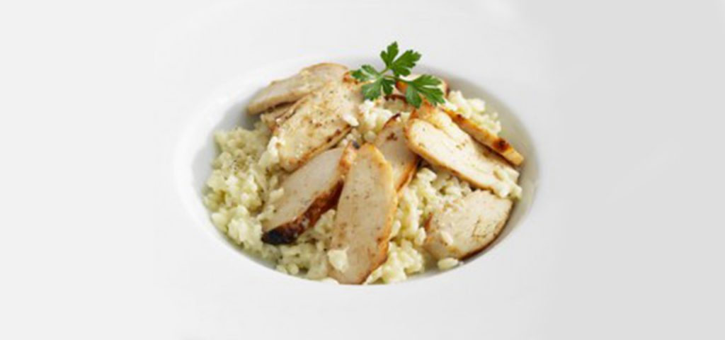 Salade tiède de poulet au fromage de brebis